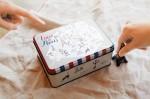 洋菓子店さんがお菓子の缶をパッケージに使うワケ